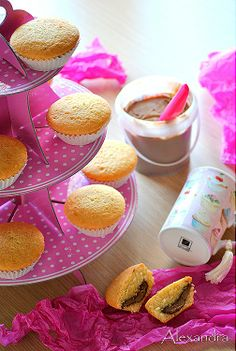 muffins with nutella Muffins, Nutella, Sweet Treats, Cupcakes, Desserts, Party Time, Greek, Gastronomia, Tailgate Desserts