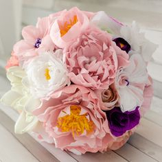 Product ID: BC0014We custom make paper flower bouquets in shades of soft pinks.Keep forever the memory of the most beautiful moment of your life!All our products are handmade.This bouquet can be done in medium or large size.For prices please send me an email with the product ID at hello@thediywedding.comImpress! Be unique! Be creative!We believe we can help you have the most amazing wedding! Call us!