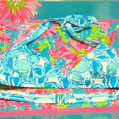 NWT Lilly Pulitzer What a Racquet Bikini Top Brand NWT Lilly Pulitzer Bailor bikini top in What a Racquet Ariel Blue Print. Lilly Pulitzer Swim Bikinis