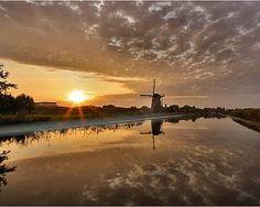 Windmill at Kinderdijk, the Netherlands.