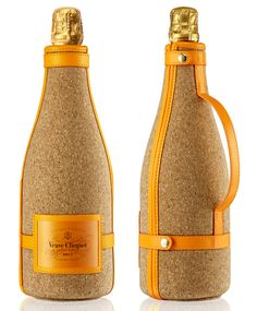 Clicquot Cork Ice Jacket : l'étui à champagne indispensable de l'été. Cork, Veuve Cliquot, Alcoholic Drinks, Beverages, Champagne Taste, Bottle Packaging, Bottle Design, Packaging Design, Cool Stuff