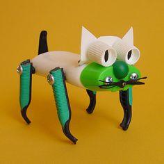 Juguetes a partir de materiales reciclados: gato