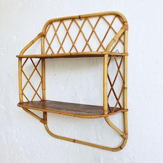 Vintage rattan shelves - atelierdupetitparc.fr