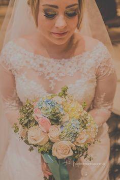 Ciça de Siervi  #vestidosdenoiva #casamento #wedding #bride #noiva #weddingdress #weddingdresses #bridal