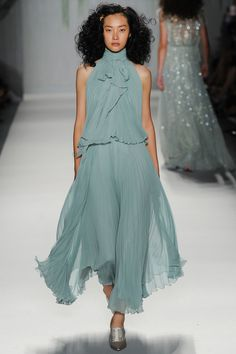 Mint pleated dress by Jenny Packham | Spring 2014 Ready-to-Wear Collection | Style.com