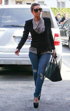 Cute Outfit- Kim Kardashian