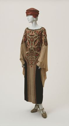 Philadelphia Museum of Art - Collections Object : Woman's Afternoon Dress and Hat