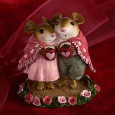 Cocoa Couple | Mouse miniature by Wee Forest Folk®