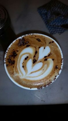 Capuccino practicing tulips