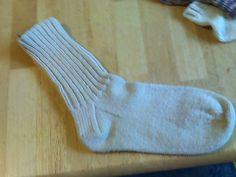 Ravelry: Men's Hunting Socks pattern by Caryn Leighton