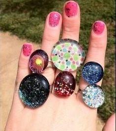 Las joyas son accesorios muy importantes y muchas veces se convierten en las mejores amigas de cualquier chica. Además de los brazaletes que ya te hemos enseñad