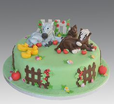 Farm Horse Cake by Gellyscakes, via Flickr