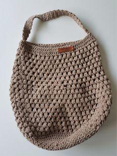 The Best Onerous shopper hooks Wonderful Sturdy hooks for patrons: th. Love Crochet, Knit Crochet, Easy Crochet, Crochet Stitches, Crochet Patterns, Diy Bags Purses, Crochet Cushions, Green Bag, Knitted Bags