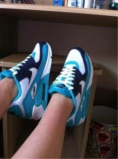 #sneakers #nike love the colors