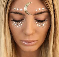 5 new beauty and hair ideas to inspire your look at Coachella festival Festival Trends, Festival Outfits, Festival Fashion, Festival 2017, Maquillage Halloween, Halloween Makeup, Pretty Halloween, Halloween Party, Gypsy Halloween Costumes