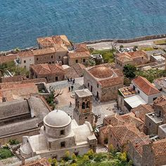Monemvasia, Greece / Μονεμβάσια - Κάστρο #greece #monemvasia