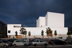 Iglesia Iesu by Rafael Moneo - Google Search