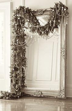 Miroir décoratif.