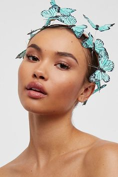 Free People Meadow Monarch Crown Set turquoise something blue butterfly crown fantasy fairy wedding Butterfly Felt, Butterfly Makeup, Butterfly Images, Blue Butterfly, Beauty Photography, Portrait Photography, Hair Accessories For Women, Drawing People, Headpiece