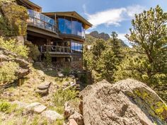 Spotlight Home's virtual tour for: Estes Park Masterpiece located in Estes Park, CO. View this breathtaking and elegant real estate photography, motion photo tour or cinematic twilight tour online.