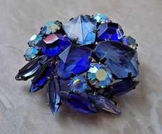 Винтажная Чешская брошь с кристаллами синего цвета и стразами!! -3