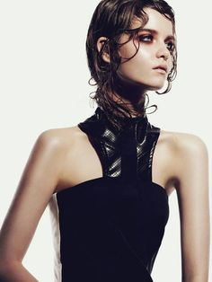 hair for look #2 example, wet hair with some shape to it. Also great makeup example <3