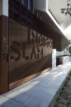 Corporate Architecture & Point of Sale Smart-Design-Studio-Indigo-Slam-Australian-Architecture-Chipp Smart Design, Tor Design, Gate Design, Facade Design, Design Studio, House Design, Design Design, Booth Design, Modern Design