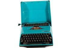 1910-1950 vintage Smith Corona turquoise portable typewriter
