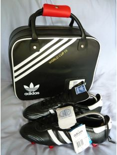 ADIDAS WORLD CUP 78 LIMITED EDITION FOOTBALL BOOTS WITH BOOT BAG & CLEANING KIT
