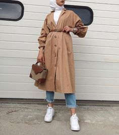 Stylish Hijab, Hijab Casual, Casual Winter Outfits, Hijab Outfit, Winter Fashion Outfits, Muslim Fashion, Modest Fashion, Hijab Fashion, Hijab Trends