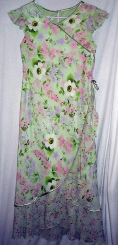 "Amy Byer Floral Pastels Dress Girls Size 16 Fits up to 36""Bust Free Shipping $14.99"