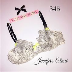 {Victoria Secret} unlined bra ❌NO TRADES ❌NO HOLDS ❌NO PP ✮ITEMS ARE 100% AUTHENTIC   ✮PLEASE DO NOT RATE ME BASED UPON FIT/SIZE OF YOUR ITEM. ASK FOR MEASUREMENTS OR PURCHASE AT YOUR OWN RISK✮ Victoria's Secret Intimates & Sleepwear Bras