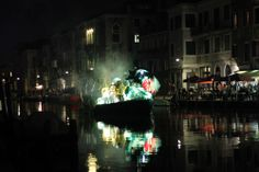 """VENICE CARNIVAL 2014 The huge """"Festa veneziana"""" Saturday 15th of February, starting from 6.30 pm, an outstanding evening show  made of  music, fun and """"fantastic creatures"""" takes place on the banks of Cannaregio."""
