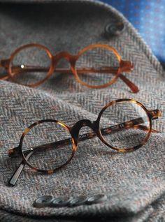 François Pinton frames available at Art and Eyes New Orleans… Theo Eyewear, Rimless Glasses, Fashion Eye Glasses, Round Eyeglasses, Four Eyes, Mens Glasses, Glasses Frames, Sunglass Frames, Reading Glasses