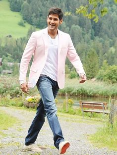 New Training Mahesh babu Amazing Pic collection 2 Mahesh Babu Wallpapers, Allu Arjun Wallpapers, South Hero, Handsome Celebrities, Vijay Devarakonda, Boy Models, Real Hero, Durga, Bollywood Actors