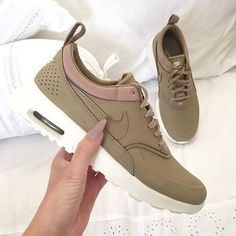 shoes nike khaki air max girl trainers