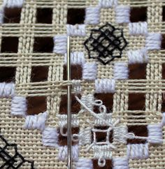 Bea's Stitcheries: Hardanger Picot Tutorial