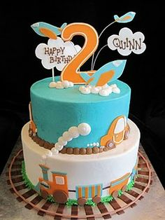 Great for any train loving 2 year old. by Icravecake.blogspot.com