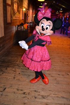 Minnie Mouse Fashion Show at the Happiest Blog on Earth.