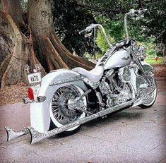 Harley Davidson News – Harley Davidson Bike Pics Harley Softail, Harley Davidson Sportster, Custom Street Bikes, Custom Bikes, Custom Harleys, Custom Motorcycles, Custom Baggers, Lowrider, Chicano