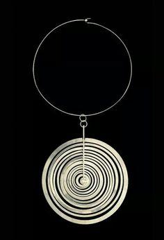 "design-is-fine: "" Tapio Wirkkala, Hopeakuu neckpiece, Sterling silver. Made by Nilo Westerback, Finland. Stylish Jewelry, Modern Jewelry, Vintage Jewelry, Handmade Jewelry, Jewelry Tools, Jewelry Art, Jewelry Design, Jewelry Making, Jewellery Exhibition"