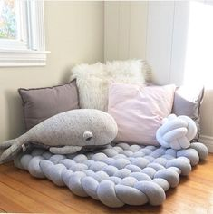 Diy Pillows No Sew Floor Cushions - Diy Playroom Decor, Bedroom Decor, Pillow Corner, Knot Cushion, Knot Pillow, Diy Flooring, Carpet Flooring, Diy Carpet, Cheap Carpet