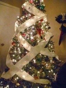 Elf on the Shelf HUGE list of ideas.  TP'ing the tree!!!
