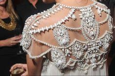  2012 f/w 트랜드 Embroidery & Embellishment 자수 패치 레이스 패턴 2012 핫 트렌드 패션 아이템 의류 패치 레이스&자수 스타일  : 네이버 블로그