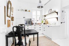 Kaupunkikodin hurmaava, kauniisti remontoitu keittiö