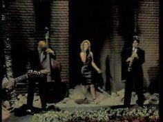 Kim Wilde - Love Blonde 1983 (Announcement in german - tv show) Something's…