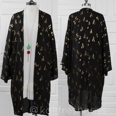 Gold Foil Print Kimono Cardigan ---Please do not buy listing, leave a comment and I will make a listing just for you----            Gorgeous long sleeve gold foil print open front cardigan---Kimono style---Woven---Made in USA---Runs true to size--- Free gift of your choice with purchase of this kimono Sweaters Cardigans