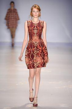 Coleção // GIG Couture, SPFW, Inverno 2015 RTW // Foto 1 // Desfiles // FFW