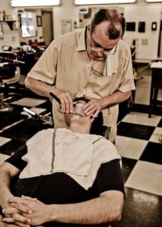 The Straight-Razor Shave,more info go to www.thebestrazor.com/the-best-seller-and-affordable-razor/