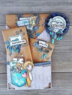 Hello la Cie! Avec ma copine Do on avait décidé de faire un échange de Loaded envelope....ou Pochette surprise...voilà enfin celle que j'ai réalisée, toute de bleue vêtue, c'est sûrement l'effet L'Encre et L'image avec ses nouveaux tampons!;-) Et voici...